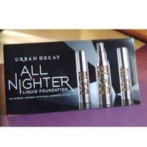 Urban Decay All Nighter Liquid Foundation Sample